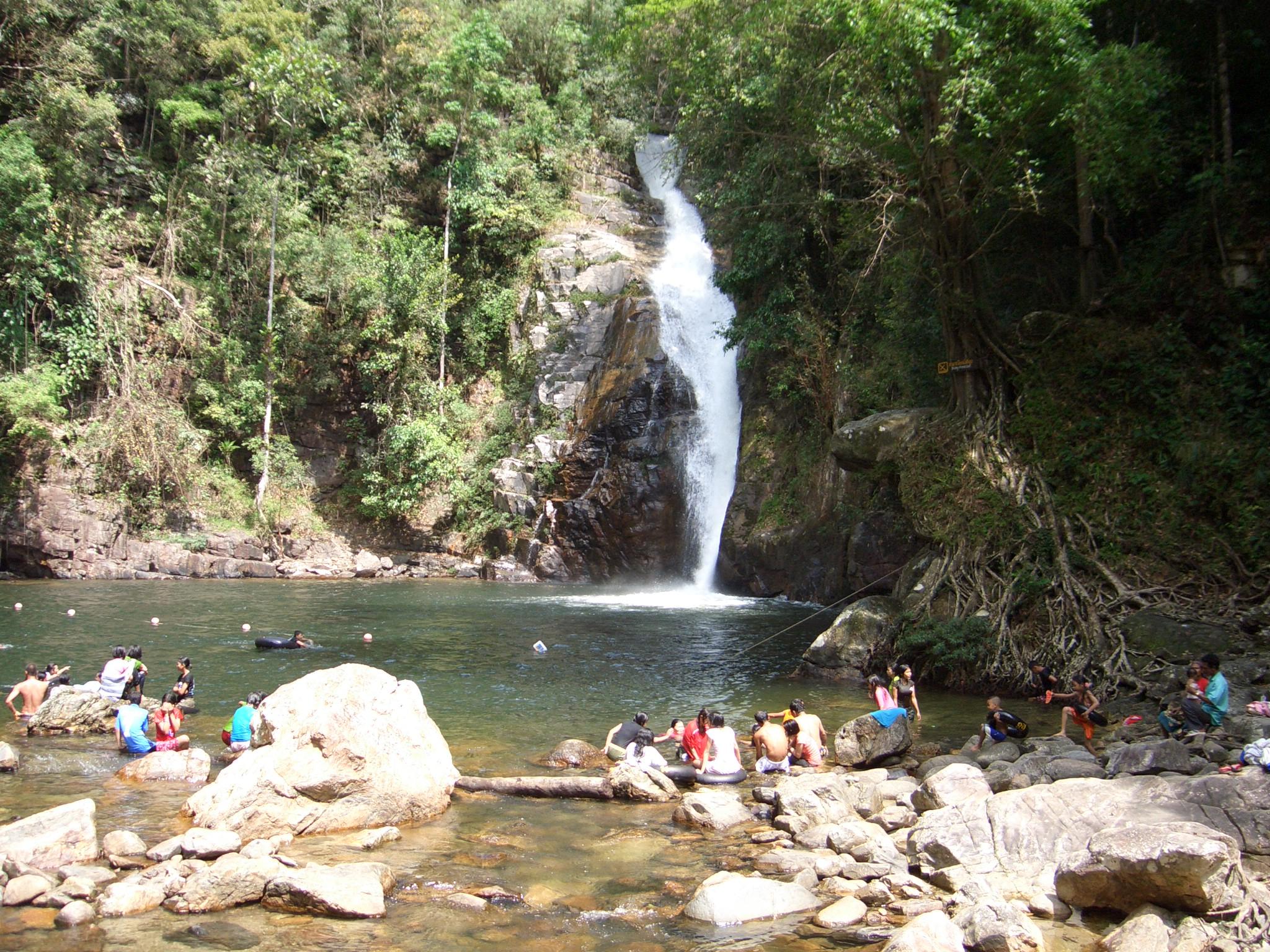 Yong Waterfall